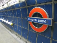London Bridge tube sign